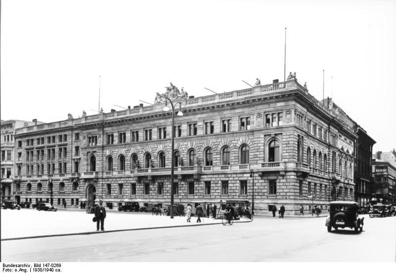 Das Reichsfinanzministerium am Berliner Wilhelmplatz (ca. 1930-1936)